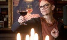 Veini joomise juurde ulatavad sügavale Euroopa kultuuri: isegi Mona Lisa ei öelnud ühest klaasikesest ära. Pildil Kai Kaljo
