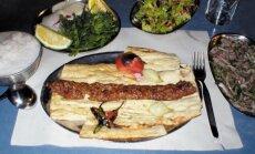 Ehedaid toiduelamusi Istanbulis: kümme kohta, kus saab maitsta parimat türgi sööki