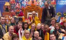 Roy Strider viib eestlased Jeesuse jalajälgedes meditatsioonireisile Väikesesse Tiibetisse