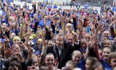 Heategevusliku teatejooksu stardi annab president Toomas Hendrik Ilves.