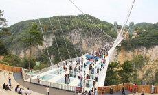 Võidujooks maailma pikima klaasist silla pärast. Ungarlased tahavad hiinlastele ära teha
