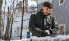 Filmi peategelase Lee (Casey Affleck) ees laiubpea võimatu ülesanne: olla üle oma minevikust, mis tema elu iga päev varjutab.