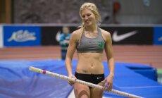 Teivashüppaja Reena Koll viis Eesti rekordi 4.30-ni.