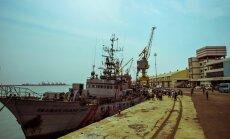 Asekantsler sõidab allkirja andma, kuid India pole laevakaitsjate lepinguks valmis