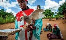 ФОТО: Как изгоняют бесов в Мозамбике