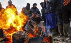 """Prantsusmaa lubab Calais' illegaalide """"džungli"""" tuleval nädalal laiali ajada"""