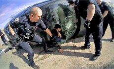 VIDEO: Mees püüdis politsei eest ära põgeneda. Halb plaan