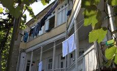 REISIVIDEO | Aastasajad on Tbilisi vanalinna räsinud, kuid võluvaid hooneid leidub seal küllaga