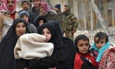 Mässuliste aladelt valitsus-vägede juurde lahkuvaid põgenikke ootab teadmata saatus.