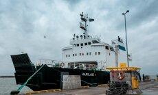 Kaos praamiliikluses jätkub: Hiiumaa ja mandri vahel sõitvatele laevadele lõpetati piletimüük