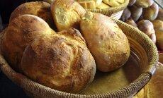 Домашний хлеб за 20 минут: сырный, луковый и чесночный
