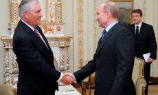 Rex Tillerson (vasakul) on Venemaa presidendi Vladimir Putini vana sõber.