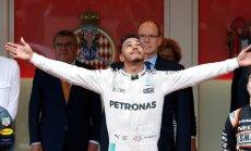 FOTOD: Red Bulli õnnetu boksipeatus aitas Lewis Hamiltoni Monaco GP võidule