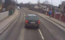 VIDEO: Vihane liikleja keerab raskeveokile risti tee peale ette ja sõimab juhi läbi