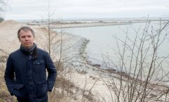 Mittetulundusühingu Kakumäe Seltsi liige Almar Sehver nendib sadama-ala ees muiates, et võib-olla tutvustatakse käesoleva projektiga lihtsalt Venemaa asjaajamist ka Tallinnas – ehita valmis ja küll pärast jõuad pabereid korda ajada.