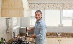 Meestele: tee naisele süüa ja ta armub sinusse — nüüd teaduslikult tõestatud!