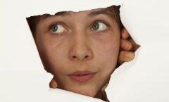 10 märki, et sa mõjud oma liigse uudishimulikkusega teiste inimeste jaoks ebameeldivalt