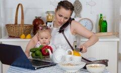Põhjused, miks kodus töötamine võib väikeste laste vanematele eriti masendavaks osutuda
