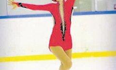 Kangru tüdruk sihib suurele jääle