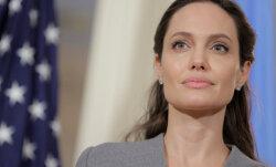 ФОТО: Анджелина Джоли набирает вес ради Брэда Питта