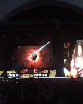 VIDEO | Vaata, millise võimsa paradiisilinnapauguga lõpetas Guns N' Roses Tallinna megakontserdi!