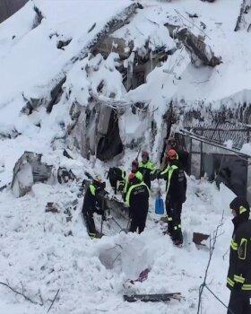 Itaalias laviini alla jäänud hotellist on elusana leitud kaheksa inimest