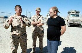 Urmas Paet tunnustas Afganistanis teenivaid Eesti kaitseväelasi