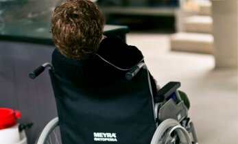 В больнице отказались делать МРТ приезжему пациенту с инсультом без предоплаты