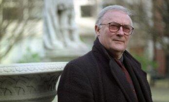 Suri näitleja Edward Woodward