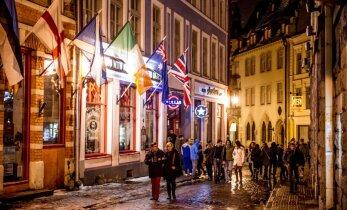 Алкотуризм: как иностранцы дебоширят в Прибалтике