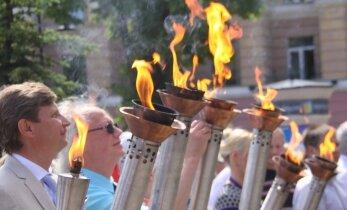 ФОТО: В Кохтла-Ярве прошли праздничный парад и выставка техники