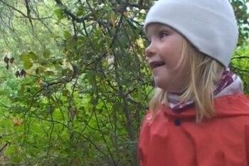 VIDEO: Miks? Vaata kuidas väike tüdruk manitseb rumalaid täiskasvanuid!