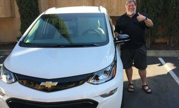 """Soh! Steve """"Woz"""" Wozniak otsustas Tesla vahetada rahvaauto vastu"""