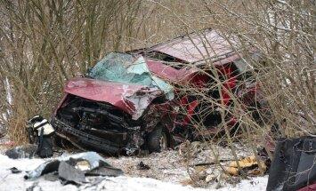 Raskes avariis hukkus 61-aastane mees.