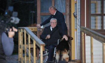 Edgar Savisaar kongressipäeva hommikul Hundisilmal