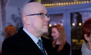 Apollo 2013. aasta parimate eesti autorite raamatute auhindade pidulik üleandmine.