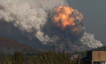 VIDEOD: Donetskis lendas õhku lõhkeainevabrik, kärgatusi oli kuulda ka 10 kilomeetri kaugusel