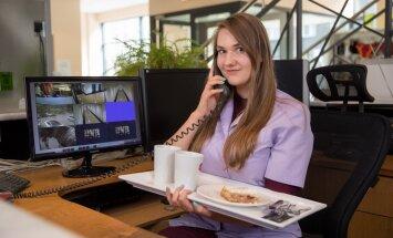 Eesti Päevalehe praktikant Sandra Saar sobinuks nii turvatöötaja, ettekandja, vanurite hooldaja kui ka müügiesindaja ametisse.