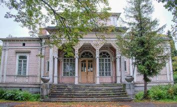 Haapsalu dessant Peterburi andis ootamatu tulemuse – tänu sellele päästetakse Karjalas vana raekoda