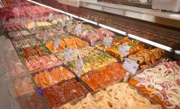 В преддверии Иванова дня растет спрос на готовую еду и товары для отдыха на свежем воздухе
