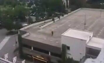 Müncheni tulistaja: 18-aastane Saksa iraanlane, elanud pikemat aega Münchenis, naabri sõnul rahulik tüüp