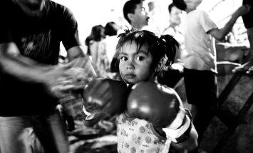 ФОТО: Как родители зарабатывают на детских боях в Таиланде