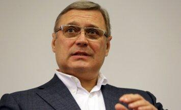 Vene opositsioonipoliitikut Mihhail Kasjanovit visati Moskvas tordiga