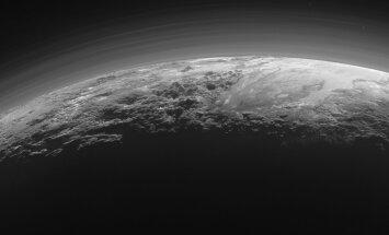 Kas tõesti Pluuto taevas on pilved? Ootamatu avastus Päikesesüsteemi kaugemast osast