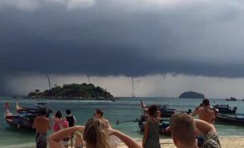 ВИДЕО: В Таиланде отдыхающие сняли на видео сразу четыре водяных смерча