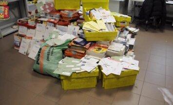 В Италии разоблачили почтальона, который накопил в гараже полтонны недоставленных писем