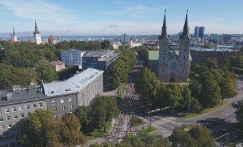 Täna toimunud SEB Tallinna Maratoni peavõidud läksid Keeniasse. Eesti meistriteks maratonijooksus tulid esmakordselt Heinar Vaine ja Moonika Pilli