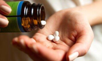 Ravimeid ei maksa internetist tellida: igal aastal saab mitmesajast inimesest eneselegi ootamatult kurjategija