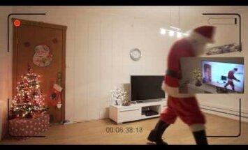 Папа доказал дочке реальность Деда Мороза с помощью видео