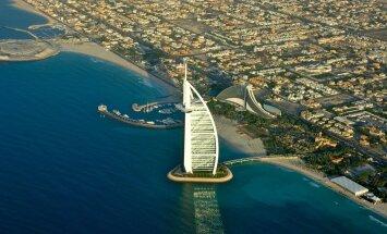 Париж Персидского залива: полиция на суперкарах, золотые унитазы и длинные шпили